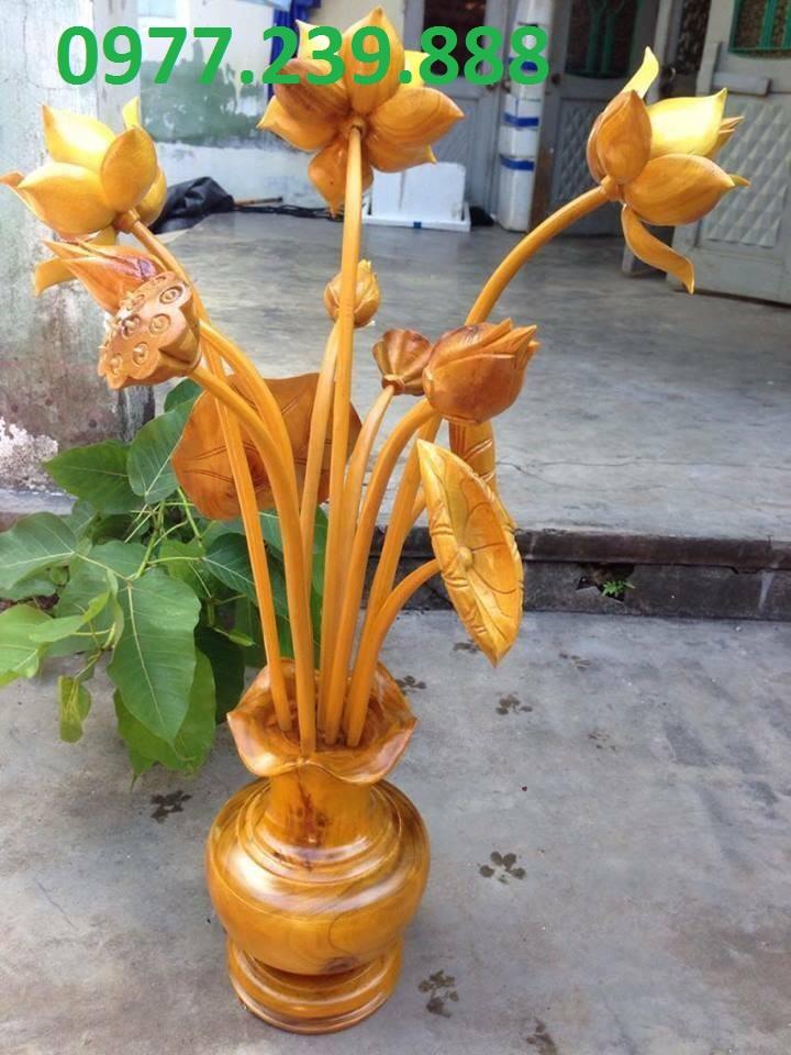 cần bán bình hoa sen gỗ giá gốc Hoa sen gỗ mít